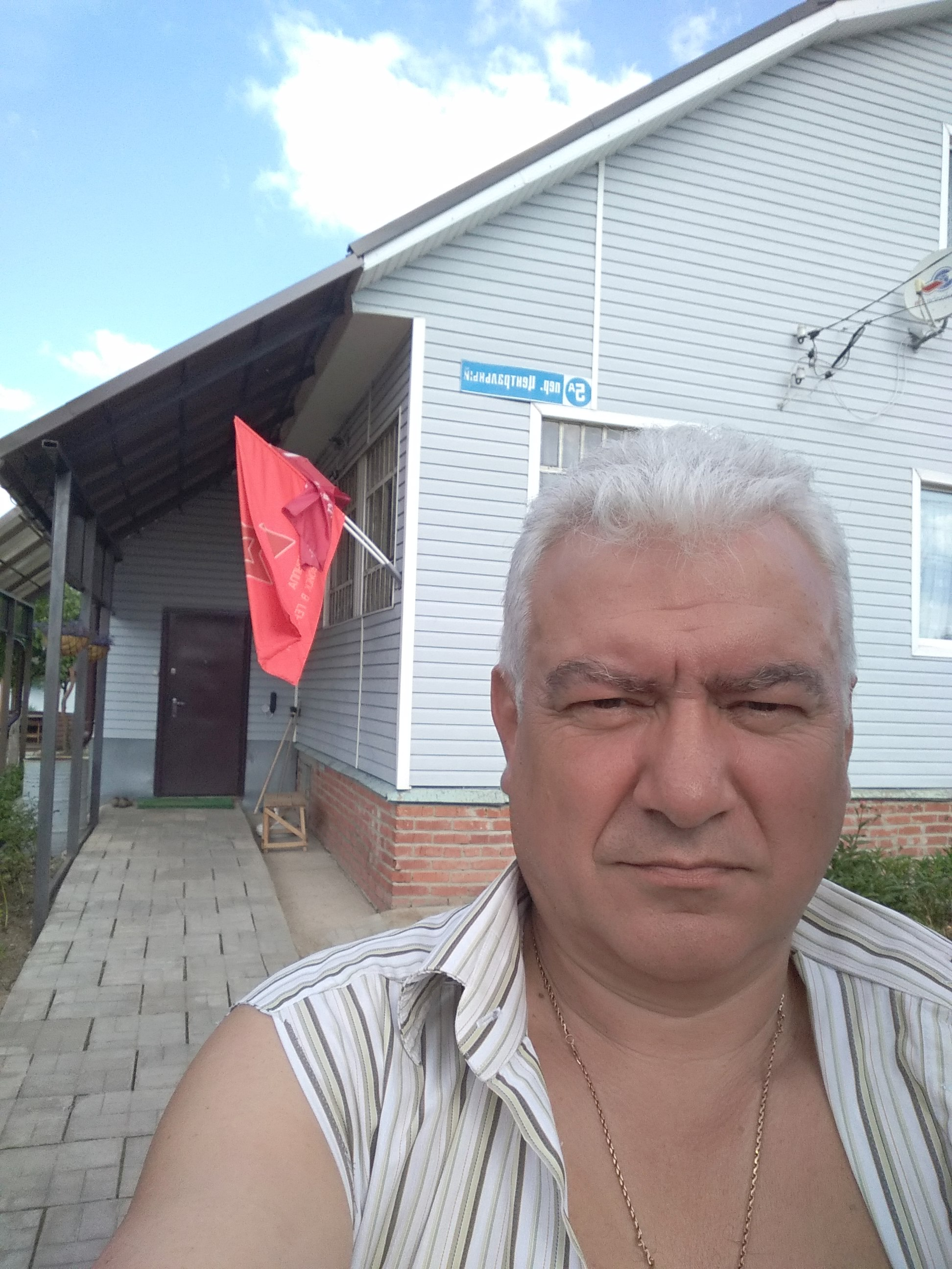 http://forumupload.ru/uploads/0009/6c/04/7600/165975.jpg