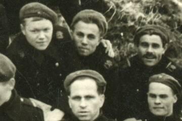 http://forumupload.ru/uploads/000b/27/15/1909/t613461.jpg