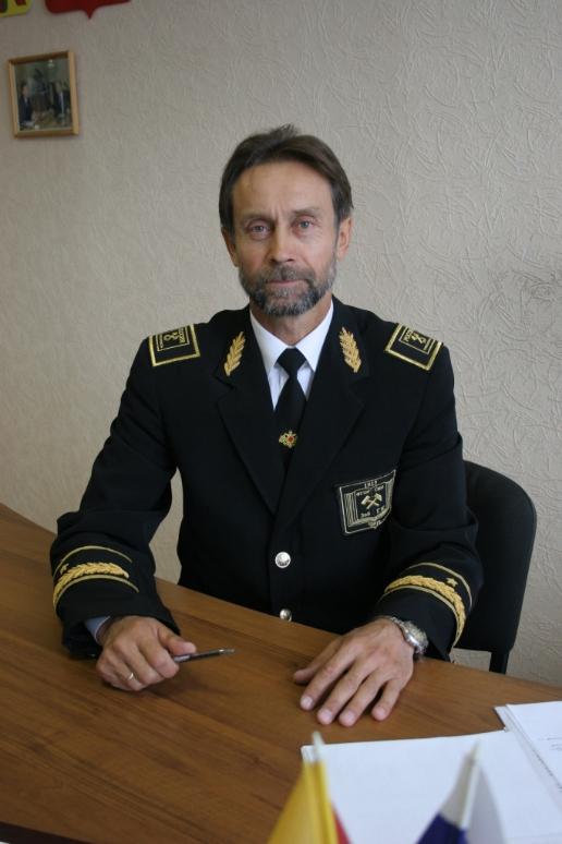 http://forumupload.ru/uploads/000b/27/15/43/35260.png