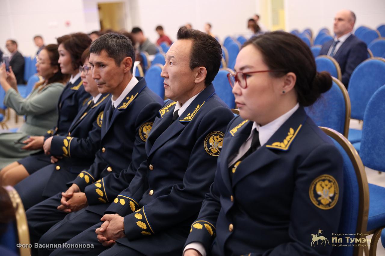 http://forumupload.ru/uploads/000b/27/15/43/943839.jpg
