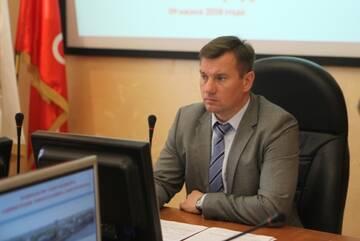 Жители Невского района гонят прочь главу администрации Алексея Гульчук