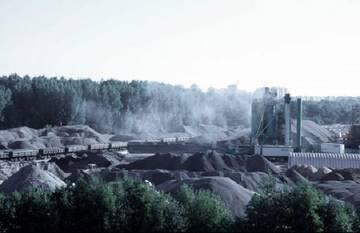 Экоактивисты Петербурга собирают доказательства опасности завода АБЗ-1