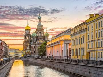 Куда можно пойти в Петербурге с 29 числа не забыв при этом маску и пер