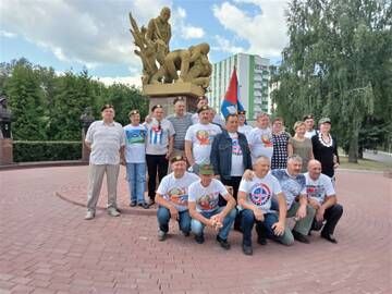 http://forumupload.ru/uploads/0011/90/c9/13/t374941.jpg