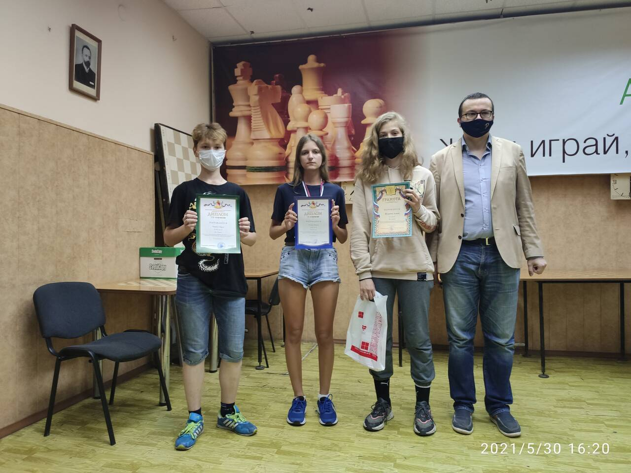 http://forumupload.ru/uploads/0014/11/ca/63/185227.jpg