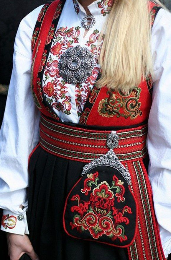 http://forumupload.ru/uploads/001a/37/94/7/t254092.jpg